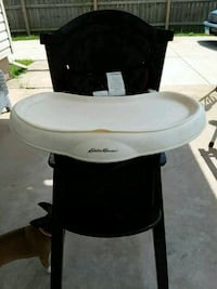 white and black wooden high chair Rockford, 61109