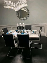 Dining table with 6 chairs  Toronto, M1S 0G3