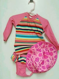 Baby swimwear worn once plus reversible sun hat Mississauga, L5A 4A5