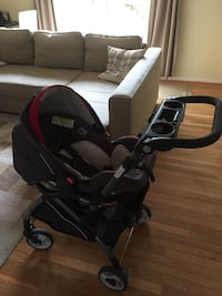 Graco Click Connect car seat + base + stroller frame + winter insert 24 km