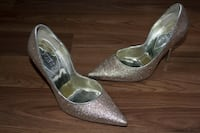 pair of gray glittered peep-toe platform stilettos Ottawa, K1S 4M2