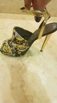 Versace shoes in perfect condition size 38 Marbella, 29602