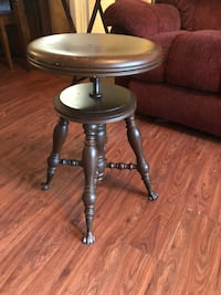 Antique piano stool with claw feet Jacksonville, 32233