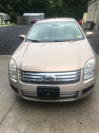 Ford - Fusion - 2007 Centreville, 20120