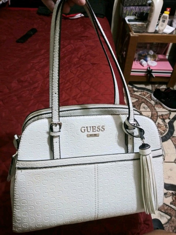 4d90ff039bbb Used gray and white Guess leather tote bag for sale in Edinburg - letgo