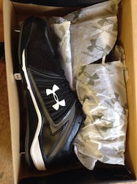 pair of black Nike running shoes with box New Iberia, 70560