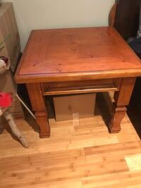 Coffee table & matching end tables Calgary, T2Z 3L2