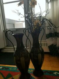 black and brown  vase Toronto, M3A 1W9