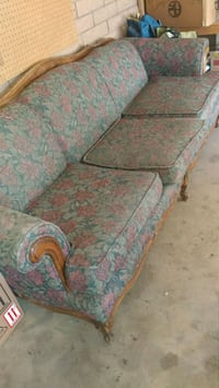 Floral couch Lemoore, 93245