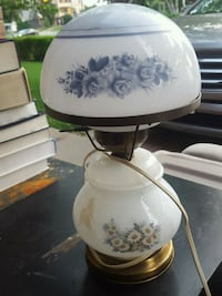 white and blue floral ceramic table lamp 544 km