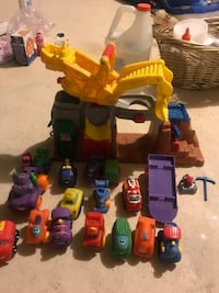 Fisher price construction set. Complete set!! Manalapan, 07726