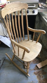 brown wooden windsor rocking chair Burien, 98168