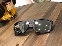 Black frame w/ mirror lens fashion sunglasses 532 km
