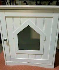 white wood cat house  Sterling, 20164