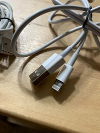 Authentic Apple Lightning Cables New York, 11373