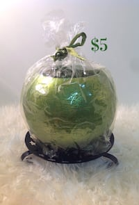 Christmas ball candle w/ candle holder
