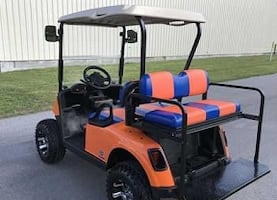 Fantastic Looks 4 Seater Golf Cart Runs and rides good