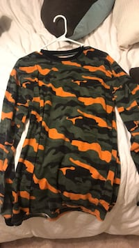 black, brown, and green camouflage jacket Stafford, 22554