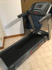 Power first treadmill Brampton, L6X 1Z4