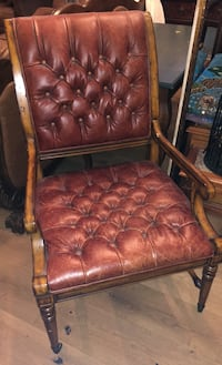 Wooden/leather chair