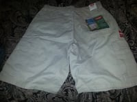 NWT Mens Sz 32 cargo shorts  New Orleans, 70122