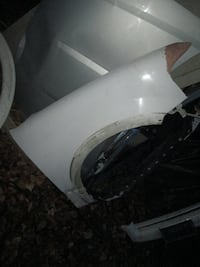 passenger side front fender, 09' expedition Anchorage