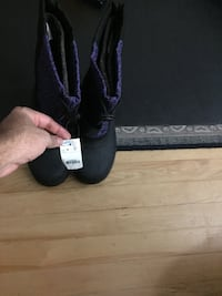 Winter shoes, size 8, women Montréal, H3W 1C8