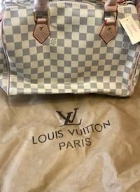 Medium size LV purse...not real but great quality and brand new Midland, 79705