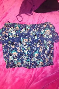 Sleeveless floral top Langley, V3A 4G9
