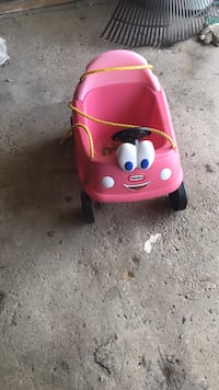 pink and black Little Tikes cozy coupe Niles, 44446