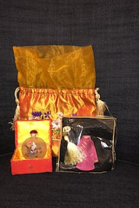 Chinese mini perfume bottle and purse