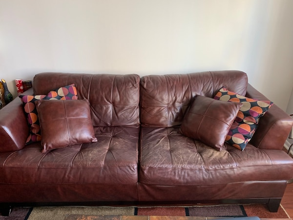 Excellent Used Brown Leather 2 Seat Sofa For Sale In Chicago Letgo Machost Co Dining Chair Design Ideas Machostcouk