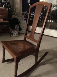 brown wooden rocking chair Victoria, V8V