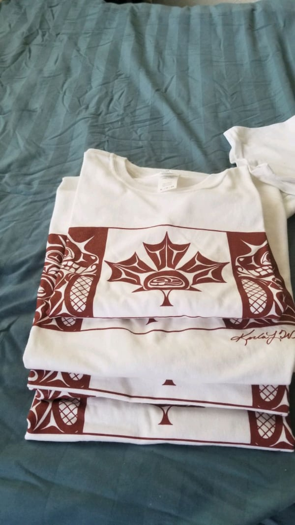 Native art T shirts 1c23f74d-a319-4d47-9a0d-356419829662