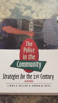 Textbook The Police in the Community  Woodbury, 55125