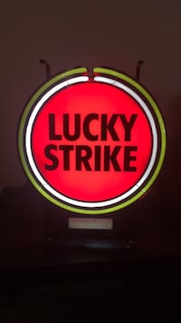 Vintage Lucky Strike Neon Sign Los Angeles, 90006