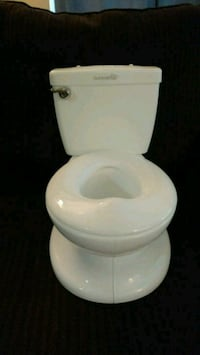 white ceramic toilet bowl with cistern Langley, V2Y 2E2