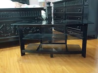 TV stand negotiable  Scarborough, M1T