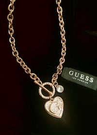 Cant go out? We deliver! Guess Bar& Chain with Heart Charm