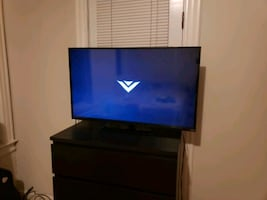 "40"" LED Smart TV - Vizio E400i-B2"