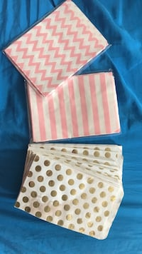 Paper treat bags (approx 95 count) Phoenixville, 19460