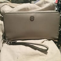 Authentic Tory burch  leather zip wallet San Diego, 92113