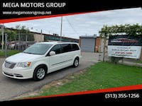 Chrysler Town & Country 2012 Redford