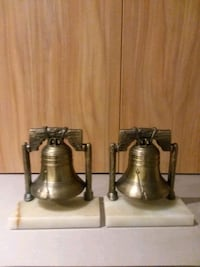Vintage 1974 Liberty Bell Bookends  Center Point, 35215