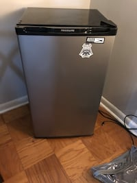 Frigidaire Mini Fridge Baltimore, 21218