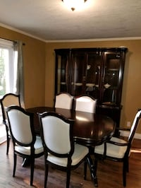 Great Quality Dining Set and Cabinet Bala, P0C 1A0