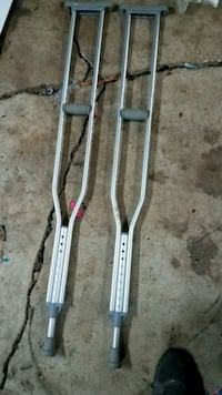 Adult Crutches - barely used
