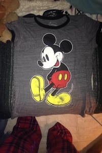 Medium sized Mickey Mouse shirt Edmonton, T6K 1Y9