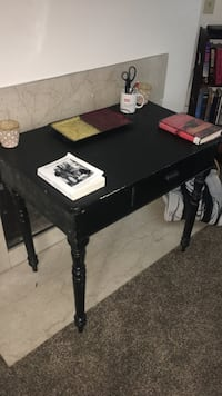 Antique desk/vanity Lexington, 40503