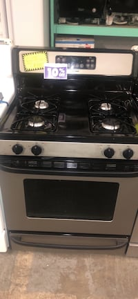Hotpoint stainless steel gas stove Baltimore, 21223